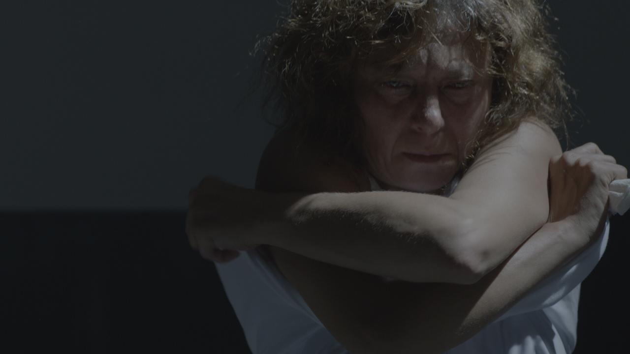Görüş Günü Kadınları Çıplak Arama